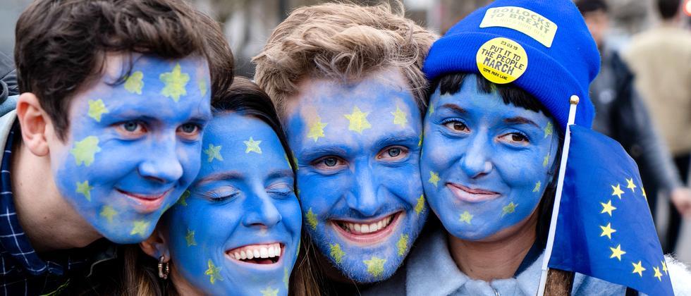 Brexit: Labour-Partei fordert zweites Referendum