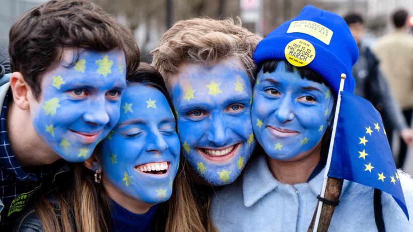 Brexit: Immer wieder demonstrieren in Großbritannien Gegnerinnen und Gegner des Brexits gegen einen Austritt aus der EU.
