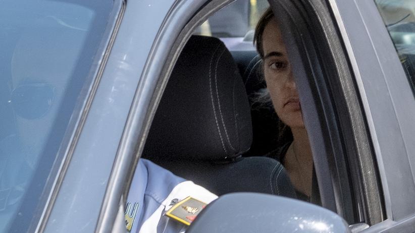 Sea-Watch: Nachdem Rackete in der Nacht auf Sonntag im Hafen von Lampedusa anlegte, wurde sie festgenommen und steht seither unter Hausarrest.