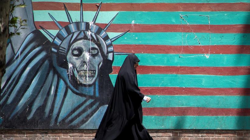 Iran und USA: Ein antiamerikanisches Wandgemälde in Teheran