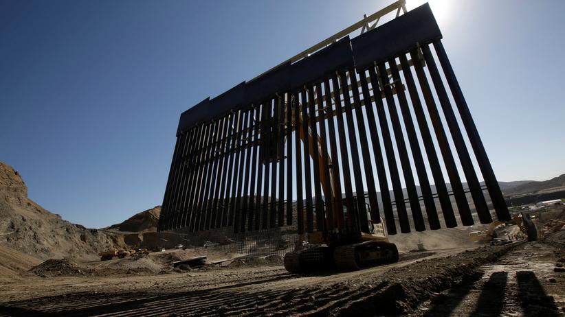 Oberstes US-Gericht: Trump darf Mauer mit Pentagongeld bauen