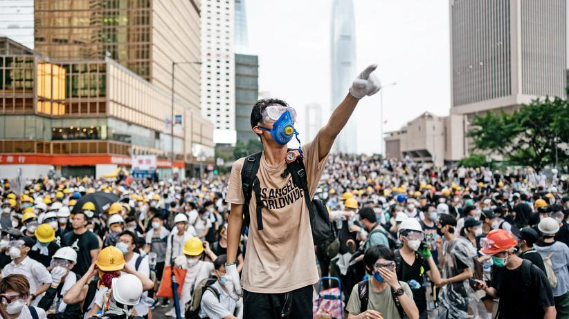 Proteste in Hongkong: Chinesische Behörde kritisiert Demonstrationen in Hongkong