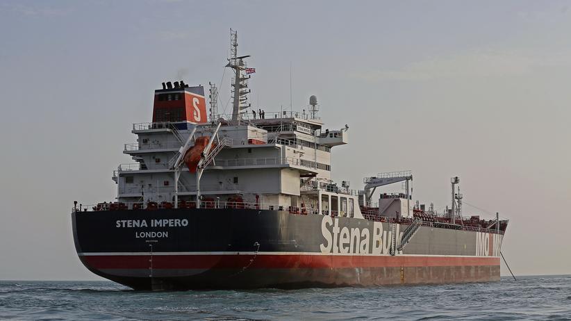 """""""Stena Impero"""": Der Öltanker """"Stena Impero"""" liegt vor dem iranischen Hafen Bandar Abbas."""