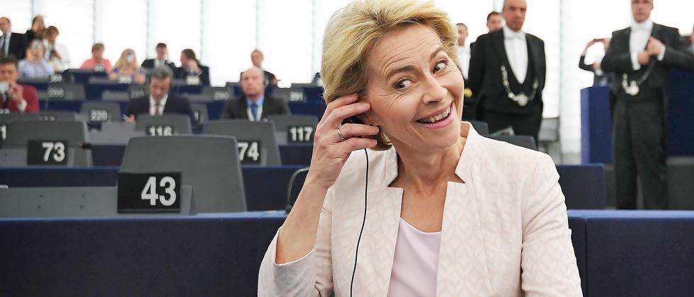 EU-Parlament: Ursula von der Leyen zur EU-Kommissionspräsidentin gewählt