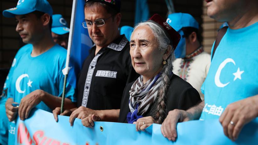Xinjiang: Kein Kotau vor dem kulturellen Genozid