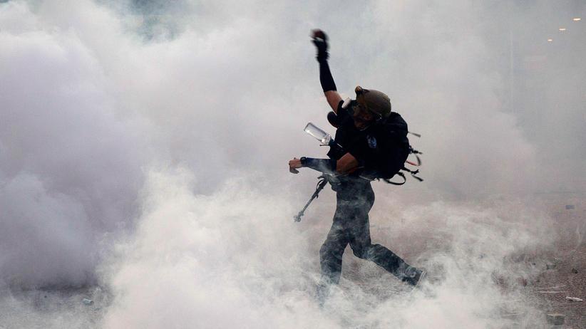 "Hongkong: China warnt ""kriminelle"" Demokratiebewegung vor weiteren Protesten"
