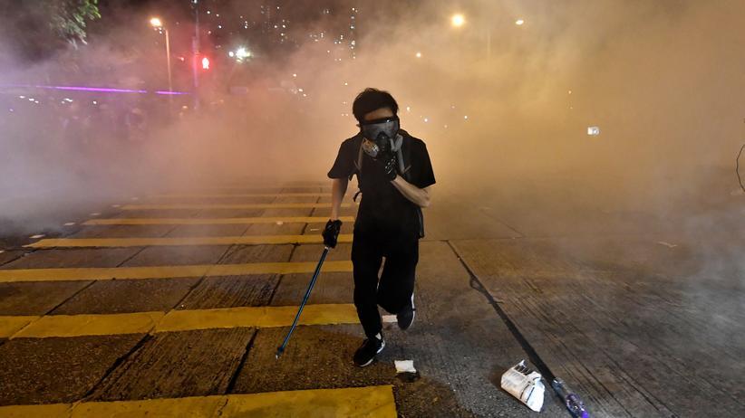 Hongkong: Generalstreik legt Nahverkehr lahm