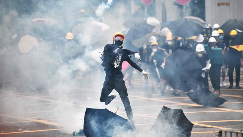 """Proteste in Hongkong: """"Peking hofft auf mehr Gewalt"""""""