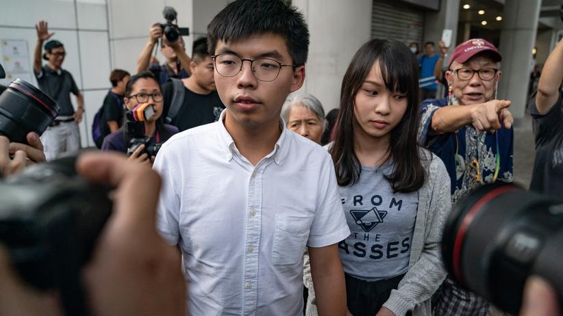 Joshua Wong und Agnes Chow: Aktivisten in Hongkong wieder frei