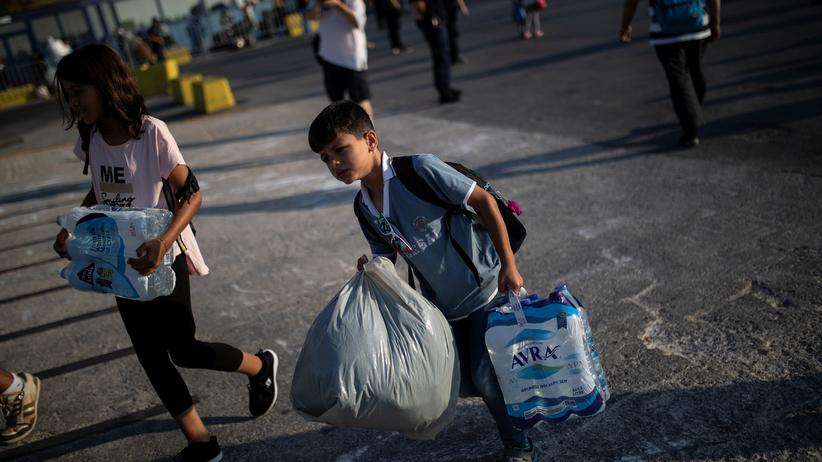 Flüchtlingspolitik: Ein Flüchtlingskind auf der griechischen Insel Lesbos