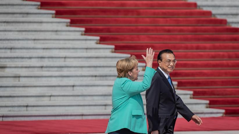 Peking: Angela Merkel fordert friedliche Lösung für Hongkong