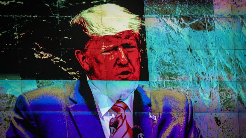US-Präsident Donald Trump, verzerrt auf einem Bildschirm, während seiner Rede in der UN-Generalversammlung in New York