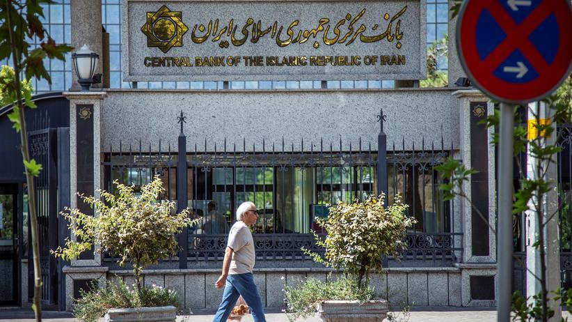 Iran-Konflikt: Trump kündigt neue Sanktionen gegen Irans Zentralbank an