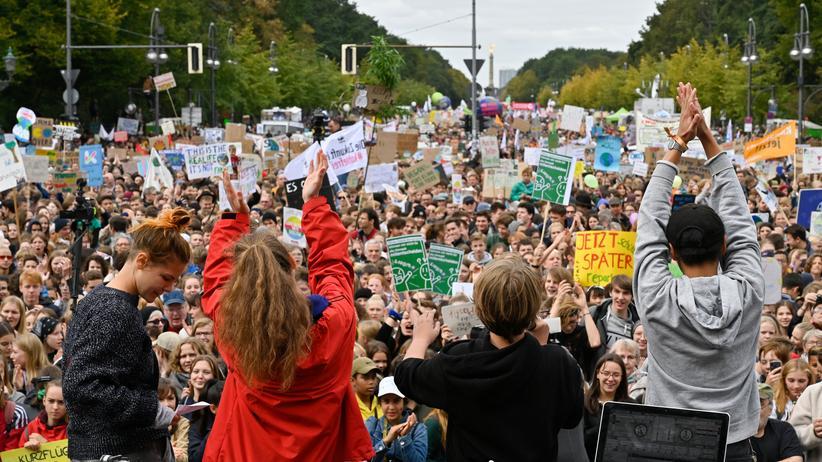 Politischer Streik: Verfolgen Sie die Demo vor dem Brandenburger Tor im Livestream