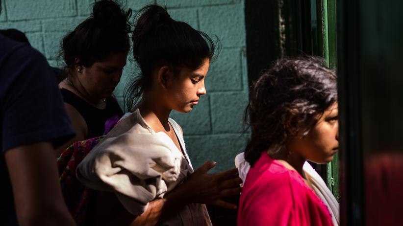 Migration: Migrantinnen aus Mittelamerika auf dem Weg nach Norden