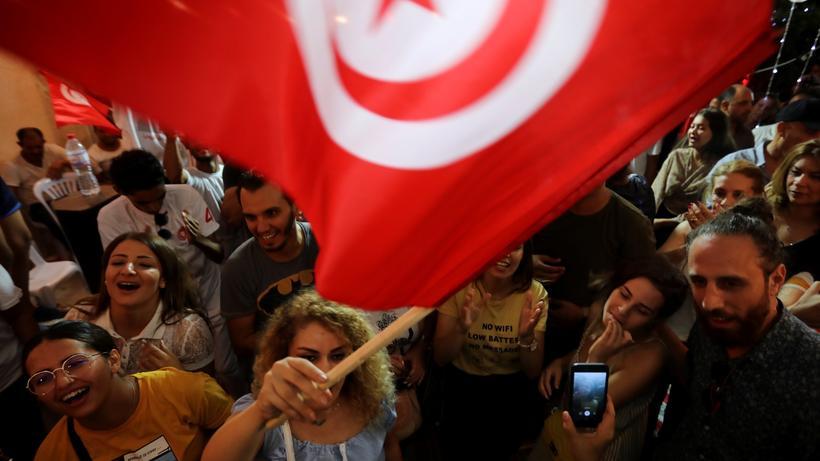Tunesien Karte Welt.Tunesien Mit Aussenseitern In Die Stichwahl Zeit Online