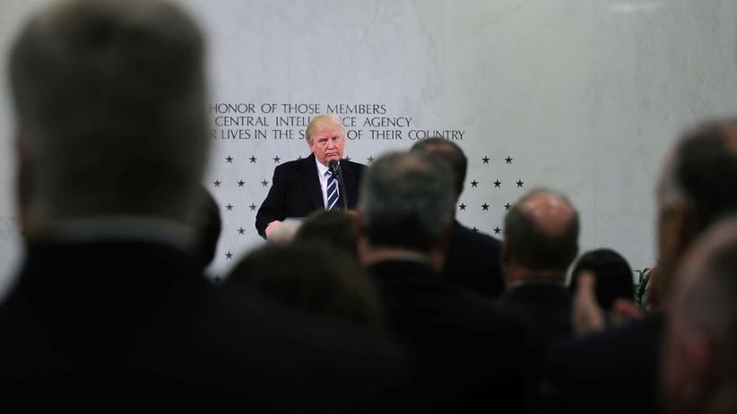 Whistleblower: US-Präsident Donald Trump während einer Rede im CIA-Hauptquartier in Langley
