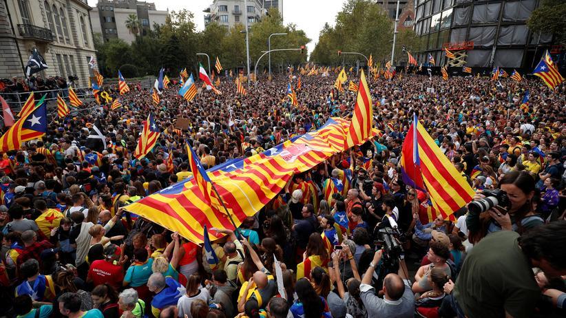 Barcelona: Krawalle im Konflikt um Katalonien