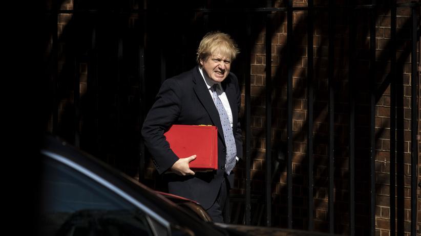 Großbritannien: Da war er noch Außenminister: Boris Johnson im Mai 2018 auf dem Weg zu einer Kabinettssitzung.