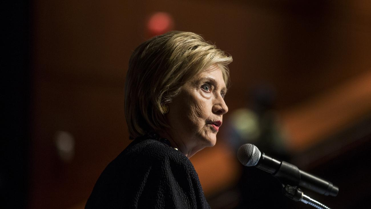 Hillary Clintons E-Mail-Affäre: Verstöße von 38 Mitarbeitern in E-Mail-Affäre festgestellt