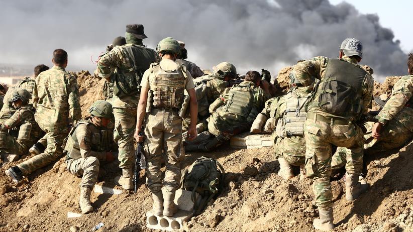 Nordsyrien: Türkische Truppen bei ihrer Offensive nahe der Stadt Ras al-Ain