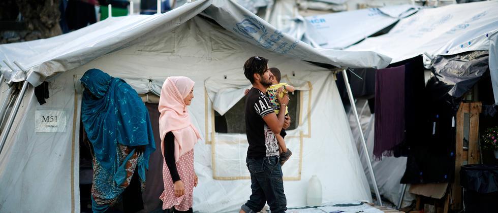 Migration: Griechenland will drei Flüchtlingslager schließen