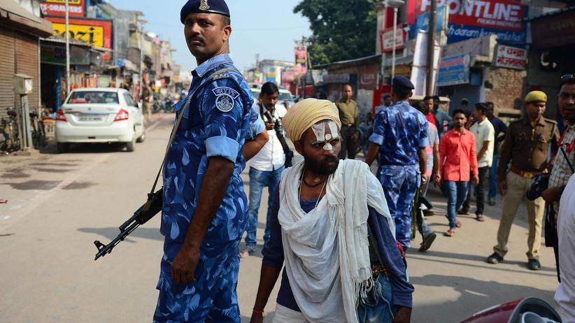 Indien: Gericht spricht heiligen Ort in Ayodhya Hindus zu