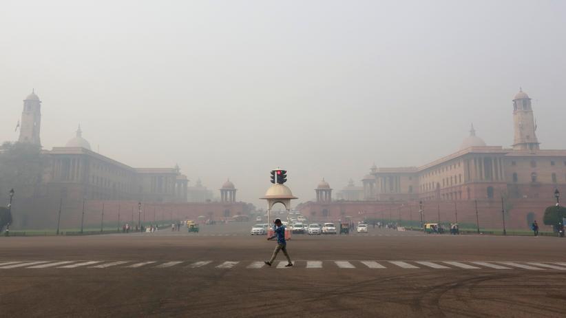 Indien: Neu-Delhi verhängt Fahrverbote gegen Smog