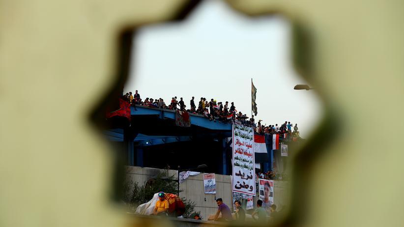 Irak: Regierungschef Mahdi fordert Ende von Straßenblockaden