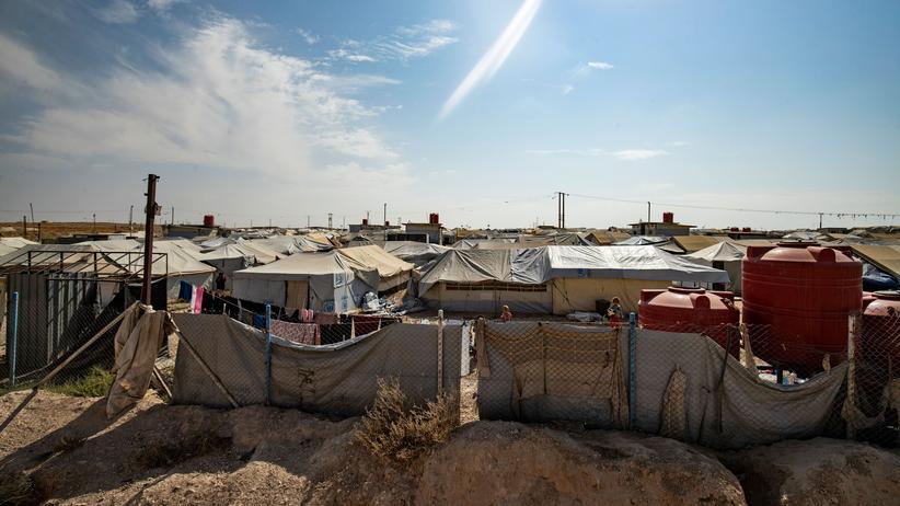 """""""Islamischer Staat"""": Blick auf ein kurdisches Flüchtlingscamp für Familien von IS-Kämpfern in Nordsyrien"""
