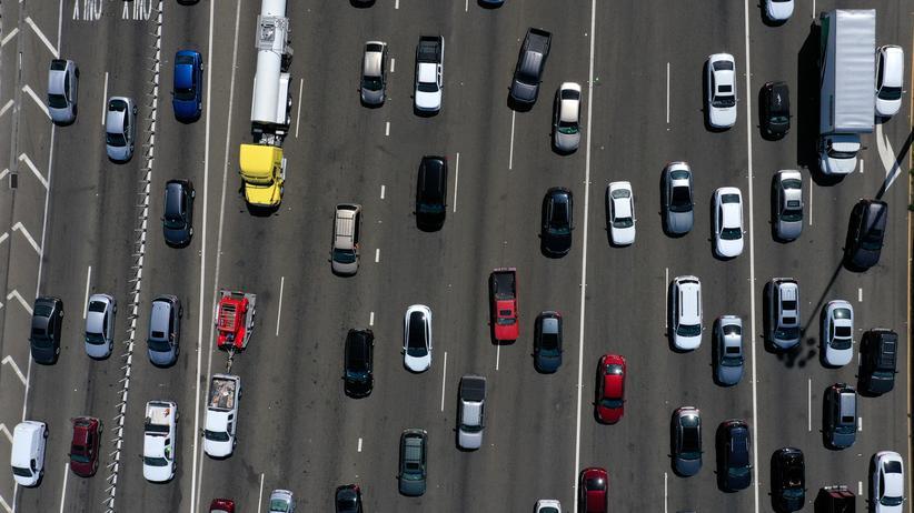 Abgas-Streit: 1970 wurde Kalifornien das Sonderrecht erteilt eigene Abgasvorschriften zu erlassen, weil die Smogbelastung auf den Straßen von Los Angeles zu hoch war.