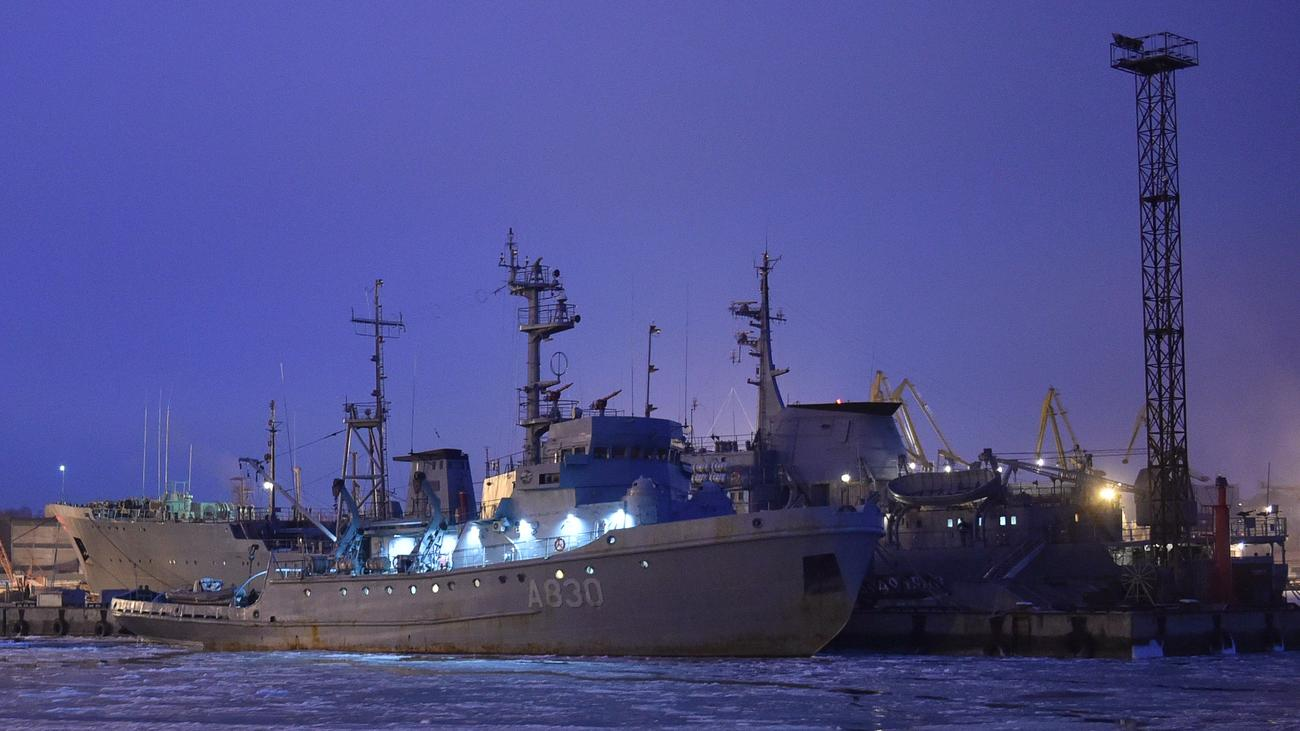 Krim-Konflikt: Russland will Marineschiffe an Ukraine übergeben