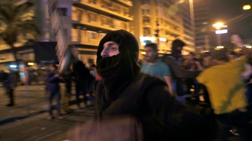 Libanon: Anhänger der Hisbollah greifen Demonstranten an