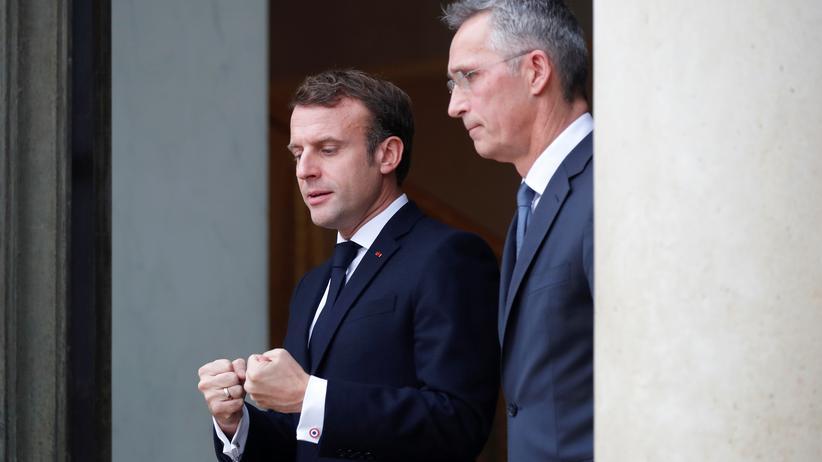 Nato: Emmanuel Macron und Jens Stoltenberg nach ihrem Treffen in Paris