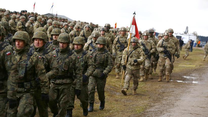 Polen: Treu zur Nato, loyal zu Amerika