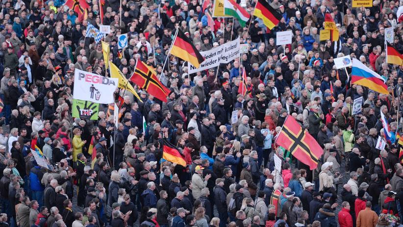 Rechtsextremismus: Die Pegida-Demos finden in Dresden seit Jahren jeden Montag statt.