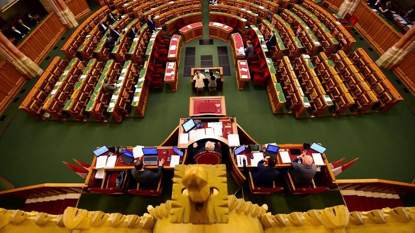 Budapest: Sitzung des ungarischen Parlaments