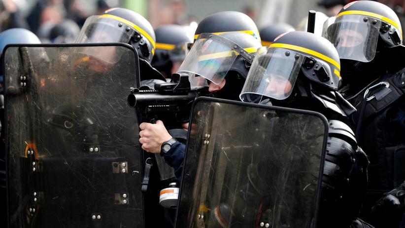 Polizeigewalt in Frankreich: Neue Gummigeschosse sind schon bestellt