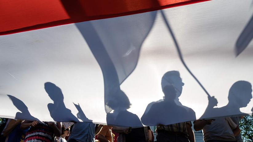 Polnische Justizreform: Kritiker der polnischen Regierung in Warschau bei einer Demonstration gegen die geplante Justizreform, hier im Juli 2018