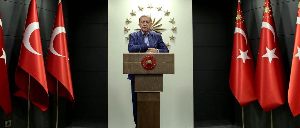 """Libyen-Gipfel: """"Erdoğan ist gut darin, Krisen zu seinen Gunsten zu drehen"""""""