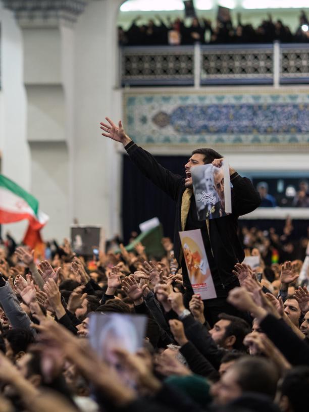 Iran: Trauer und Hass in Teheran