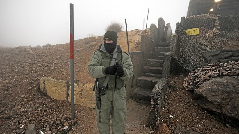Israel: Ein israelischer Soldat an den Golan-Höhen