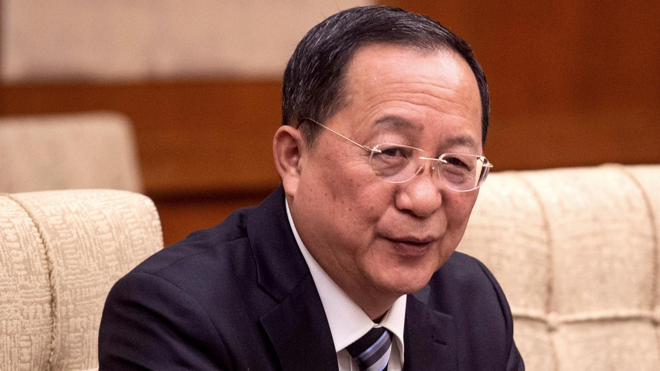 Nordkorea: Kim Jong Un entlässt offenbar seinen Außenminister