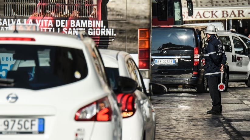 Umweltbelastung: Dicke Luft in Rom, das bedeutet Einschränkungen für Diesel-Fahrzeuge.