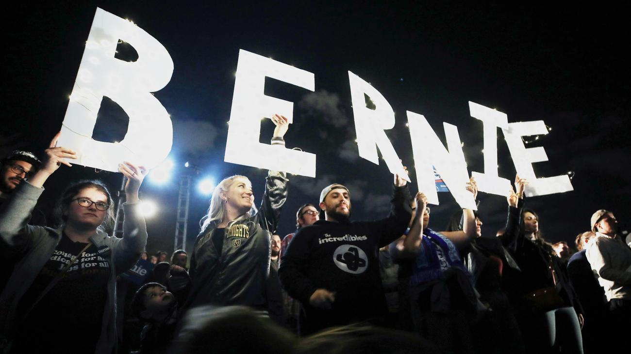 Bernie Sanders: Sanders sagt dem Partei-Establishment den Kampf an