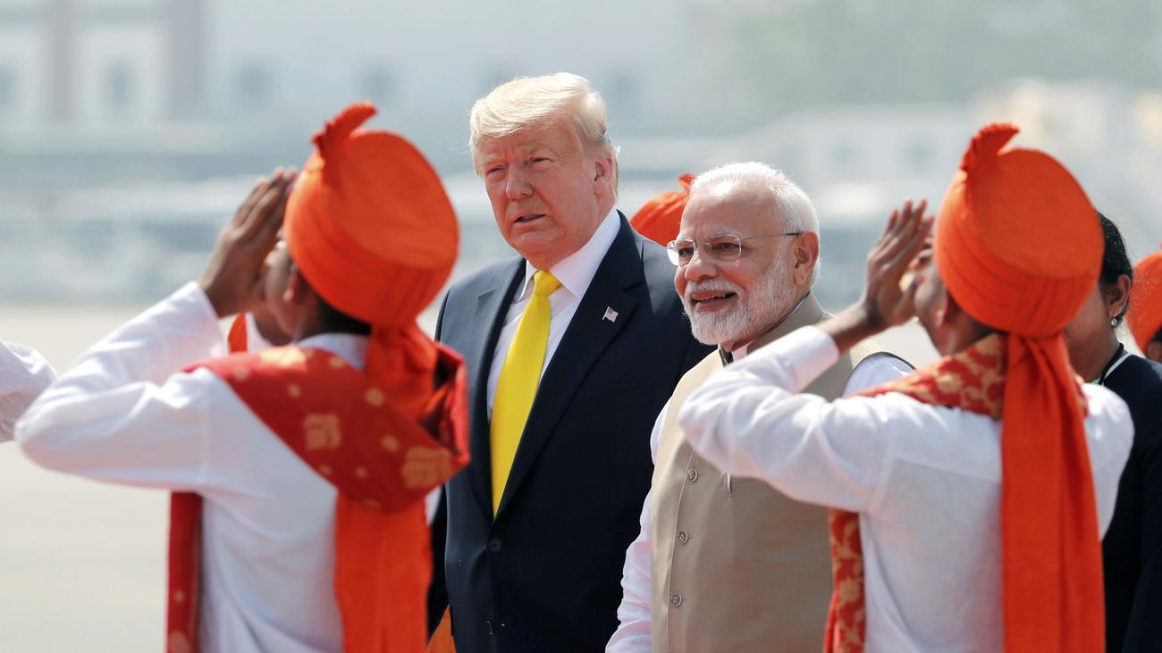 Donald Trump: US-Präsident wirbt in Indien für schnelles Handelsabkommen