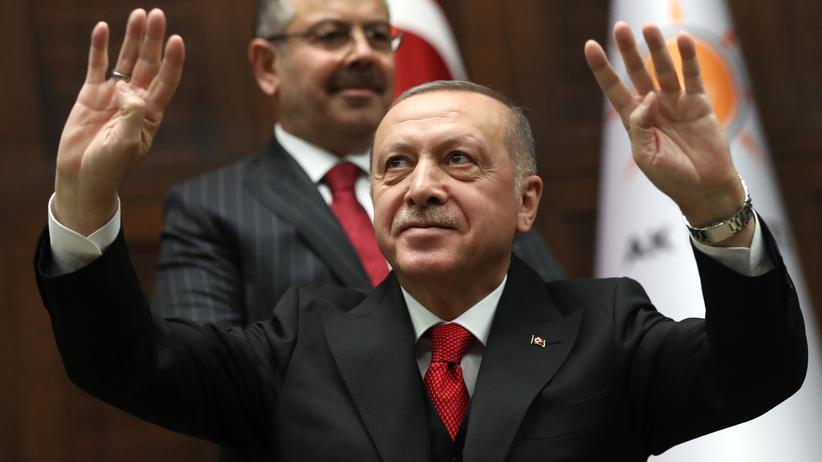 Fethullah Gülen: Hunderte Haftbefehle gegen Gülen-Anhänger