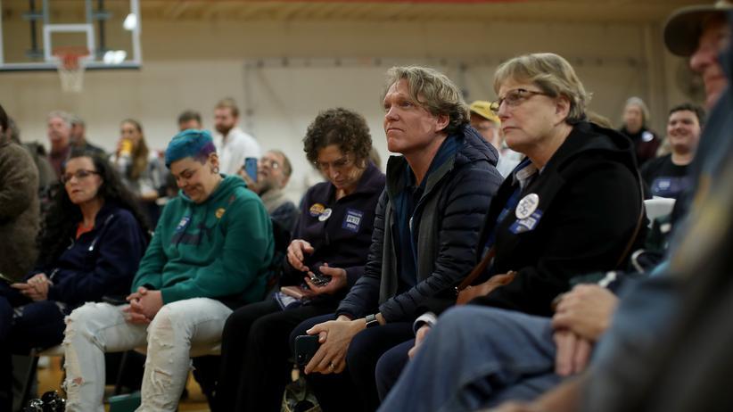 Iowa Caucus: Wähler in einer Turnhalle in Ottumwa, Iowa, 28. Januar 2020