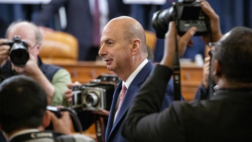 Gordon Sondland: US-Botschafter Gordon Sondland auf dem Weg zu einer Anhörung vor dem Kongress