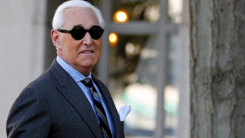 Russland-Affäre: Roger Stone, langjähriger Berater von Donald Trump, vor einem Gerichtstermin in Washington. Die Staatsanwälte fordern bis zu neun Jahre Haft.